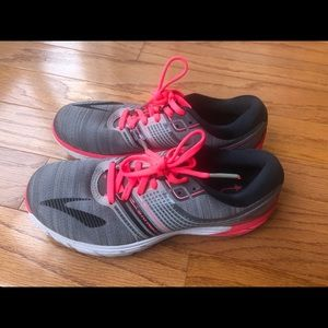 Brooks Pure Cadence 6 running shoes size 7